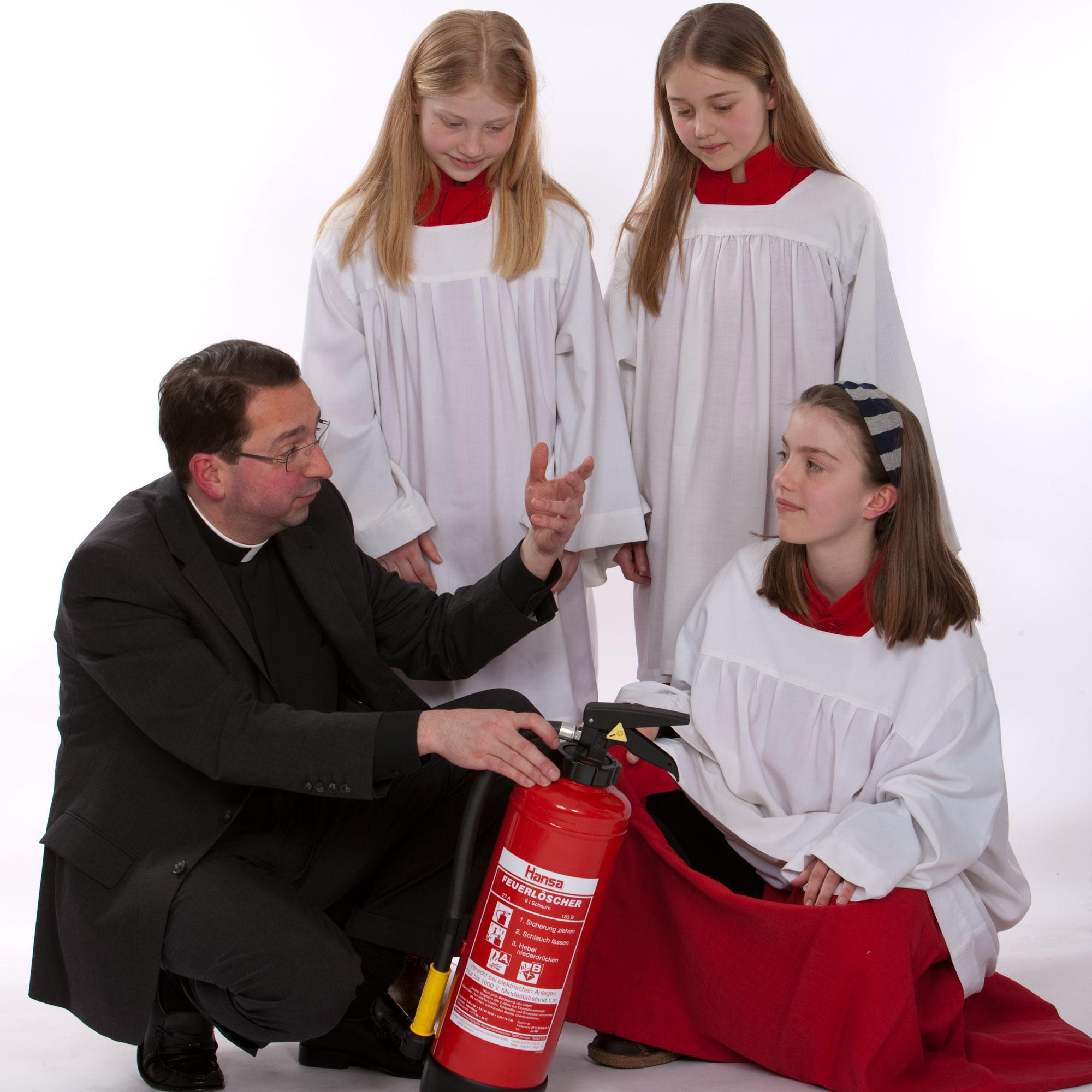 Minis sorgen für Sicherheit (c) Bistum Mainz