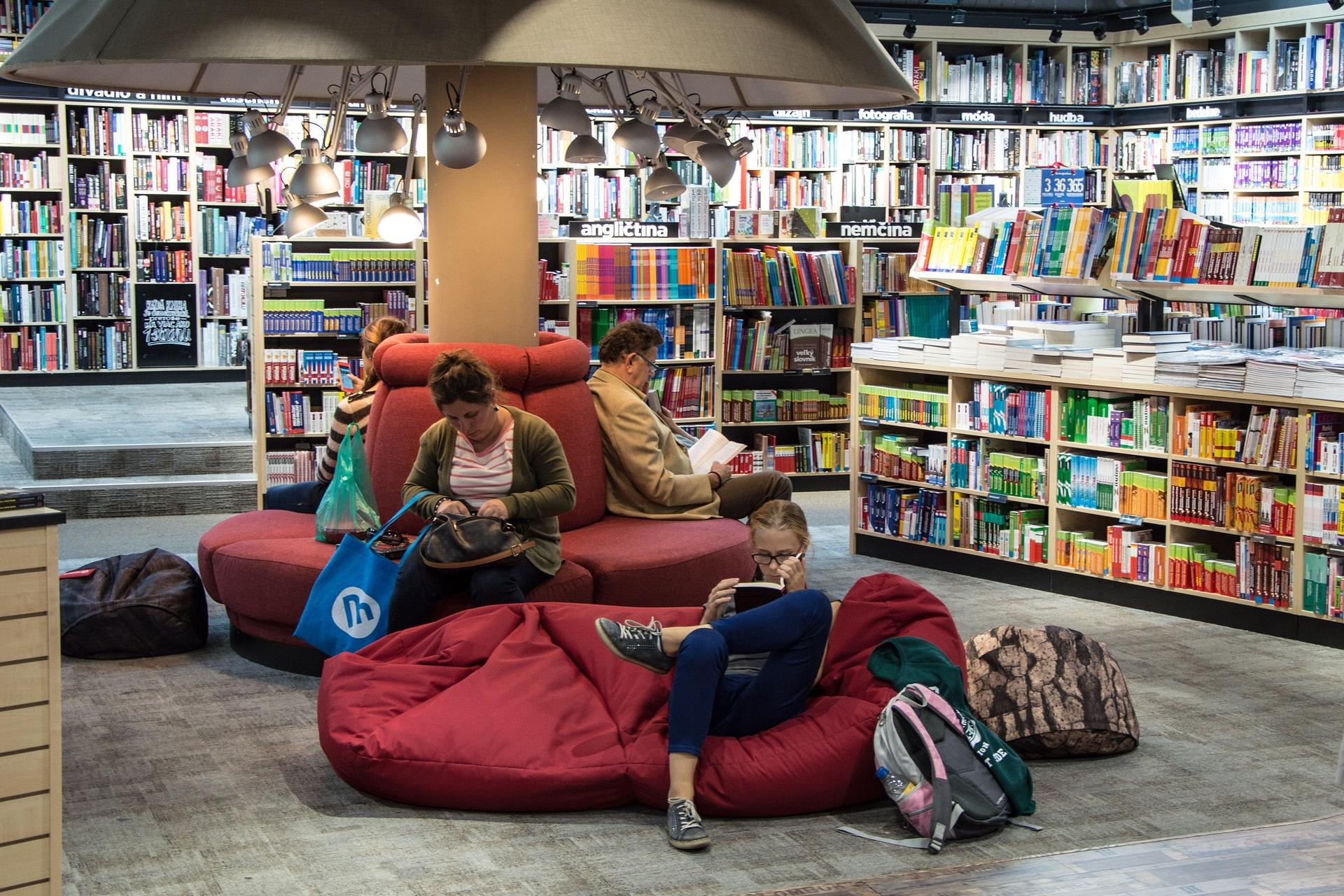 Bücherei (c) www.pixabay.com