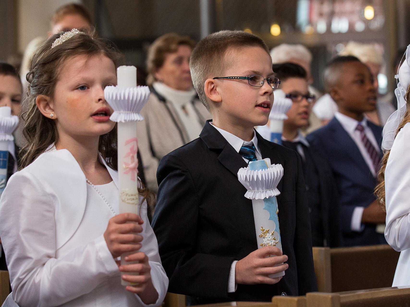 Weißer Sonntag (c) Achim Pohl | Bistum Essen in Pfarrbriefservice.de
