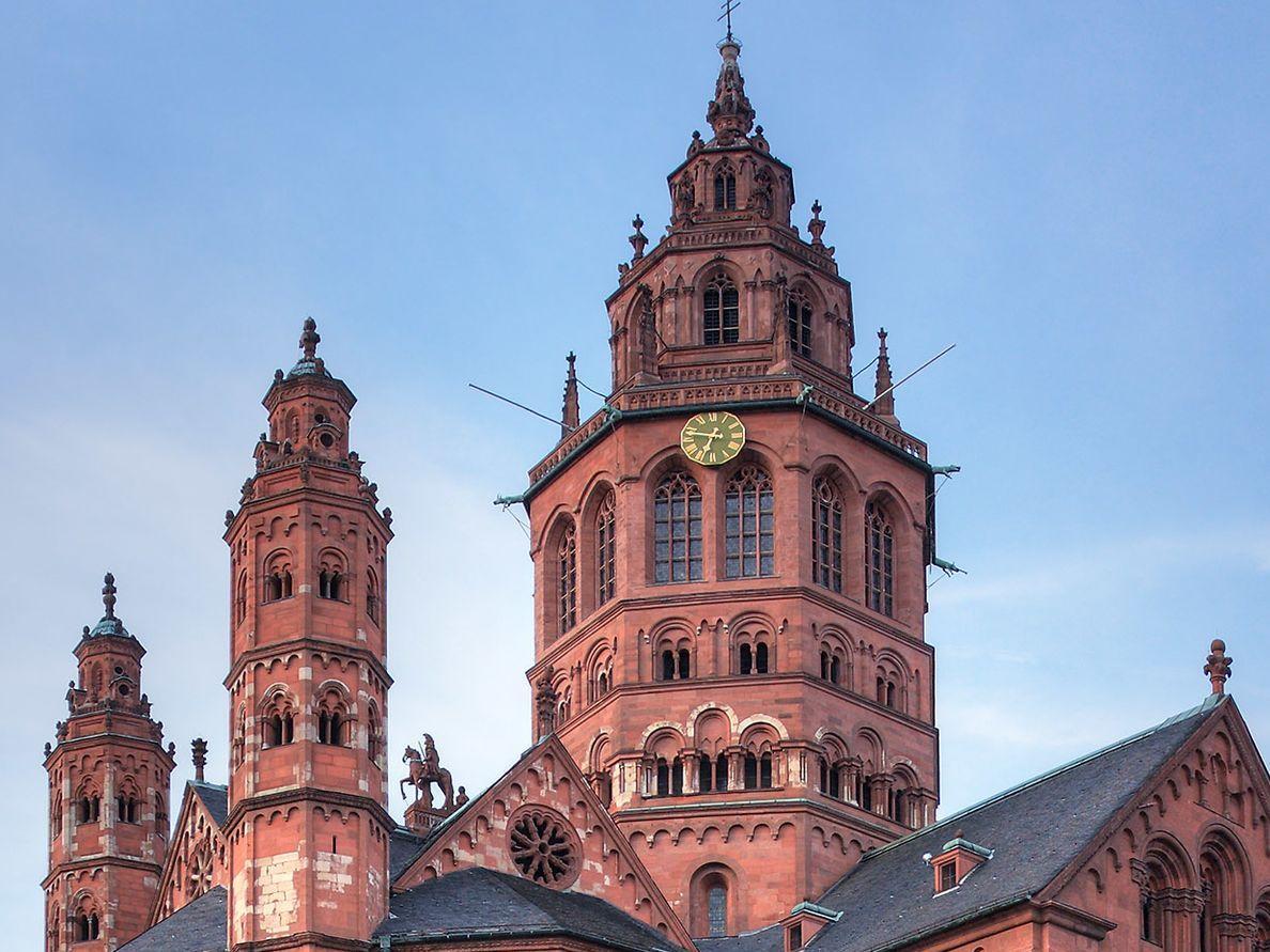 Mainzer Dom (c) Sergey Ashmarin - CC BY-SA 3.0
